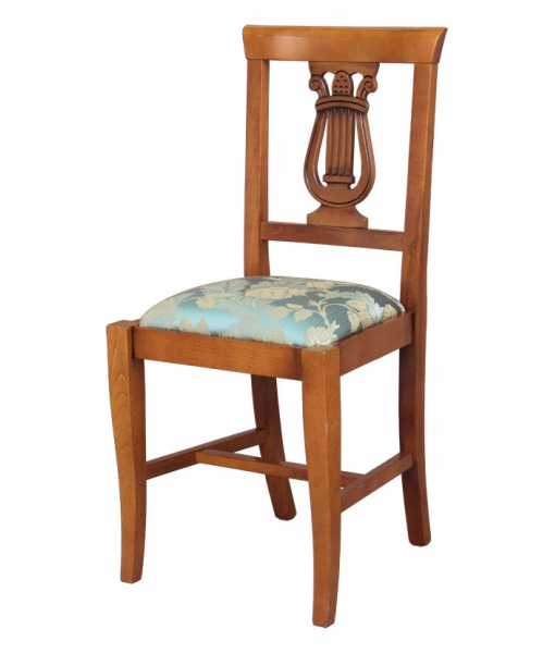 Lira chair with padded seat. Item N° 1873