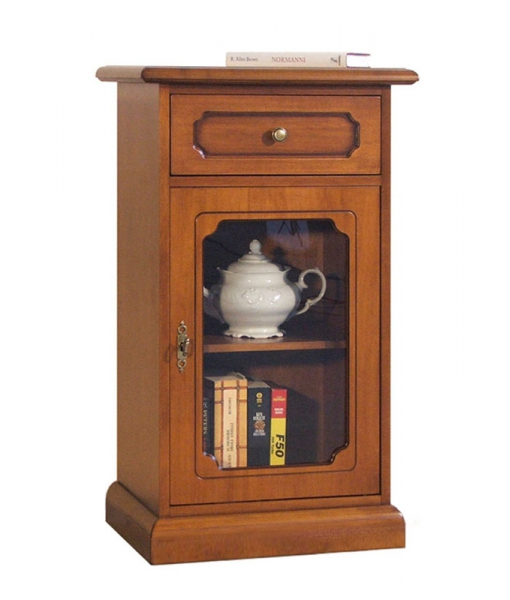 Small display cabinet in wood for entryway. Sku 3002-l