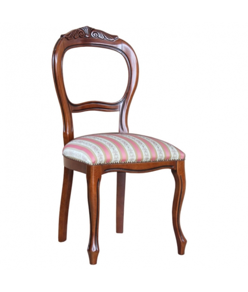 Carved dining chair in solid beech wood. Sku: 6700
