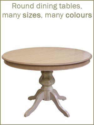 Dining tables category, round dining tables in wood, classic round tables, extendables round tables