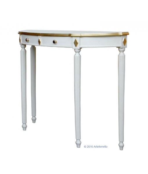 Console table with decorations. Product code: ER-247-G