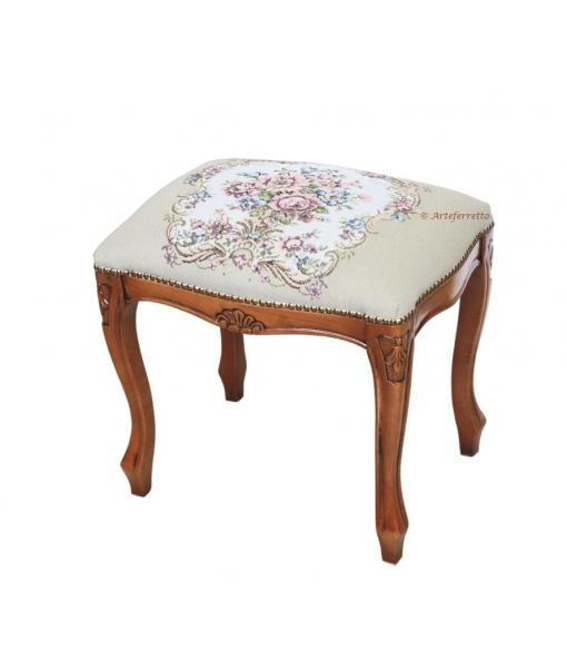 Footrest stool in wood. Sku  GMSGA3.