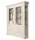 display cabinet, lacquered display cabinet, display cabinet with glass doors, elegant display cabinet, living room display cabinet, living room furniture, classic furniture, display cabinet with friezes, wooden display cabinet, white cabinet for living room