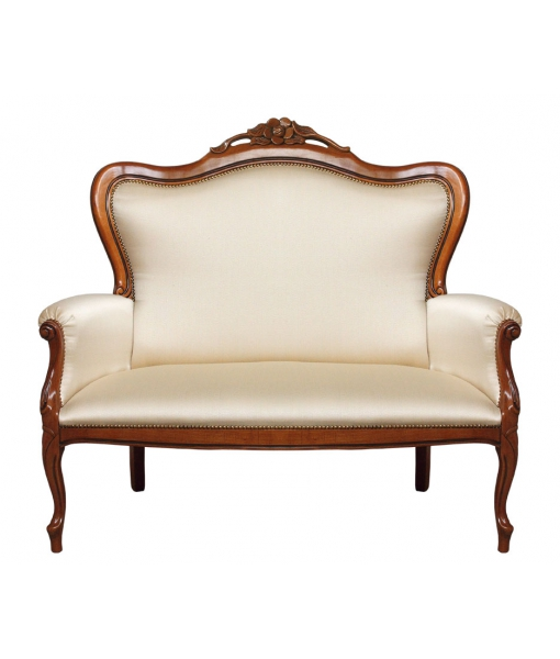 2 Seater couch in traditional style. Sku gm-181