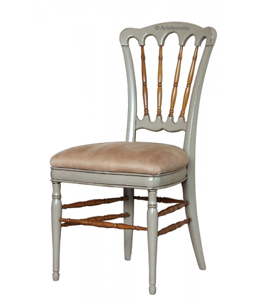 Two tone chair in beech wood. Sku am-01