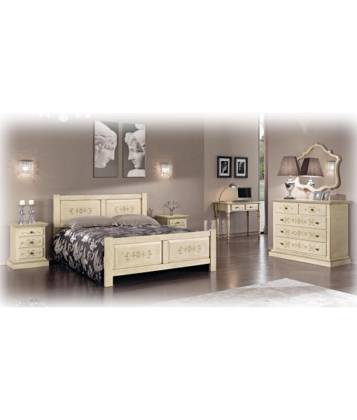 bedroom in solid wood, classic style bedroom, classic furniture, wooden furniture,
